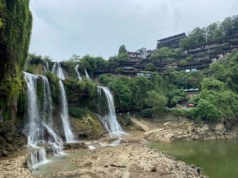 矮寨悬崖栈道旅游景点图片